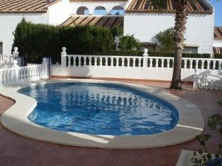 Villamartin 3.5 Bed Apt Private Pool Sleeps 8 !!!, Villamartín