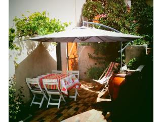 coquet studio à deux pas des plages, Saint-Mandrier-sur-Mer