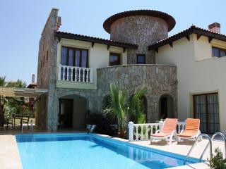 Villa Hill with private pool, Sogucak