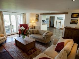 Comfy sofa's - a welcoming sight after a day at the beach, a round of golf or a brisk coastal w