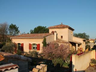 Vue d'ensemble de la villa Provençale  Le Bon Accueil.  Vous passerez un agréable séjour en fam