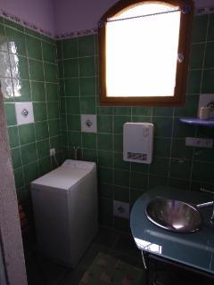 Confort de la salle d'eau avec lave linge