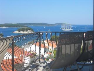 Seaview Hvar
