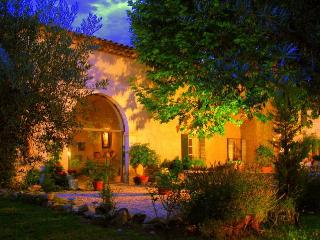 Juliette's Villa Provence, Tresques