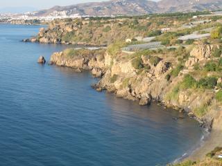 CASA EN PARAJE NATURAL( MARO), Maro
