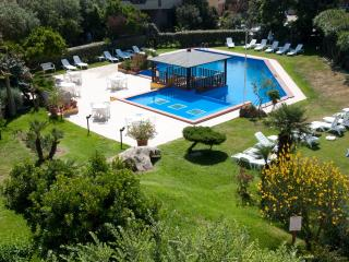 Apartment, Pool close to beach