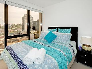 Brand New Apartment  on Toorak Rd.