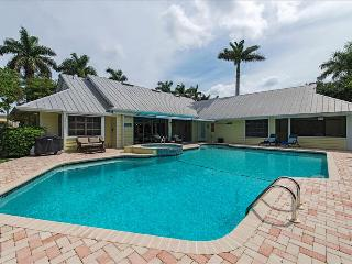 LUXURY RENTALS ~ MANATEE COVE BEACH HOUSE, Naples