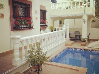 La Florida 3 bed quad villa plus free wifi and private plunge pool