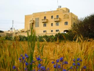 Country Villa Retreat 5min to Mdina & Goldenbay, Mgarr