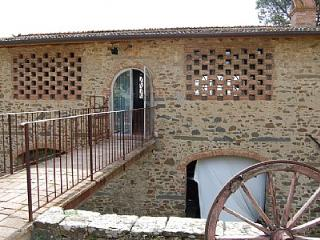 Rinaldi Villa Sleeps 2 with Pool and WiFi - 5228702