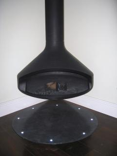 Suspended Ergofocus fire with slate hearth