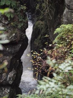 Deil's Cauldron, Comrie