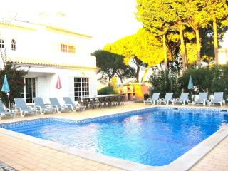 Villa Tenazinha II - PERFECT FOR LARGE GROUPS