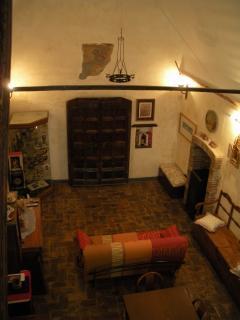 Sala principale vista dalla scala.