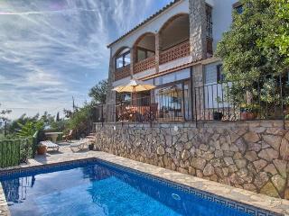 Pals Forest/Beach Villa