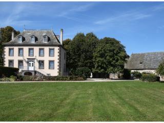Le Bourg, Entraygues-sur-Truyere