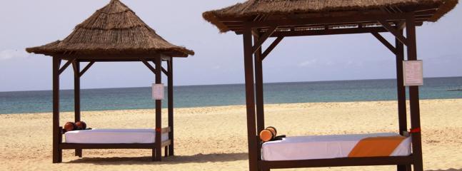 Bali Beach beds