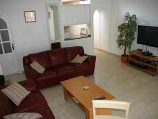 Holiday bungalow on The Palms with 2 bedrooms, Golf del Sur