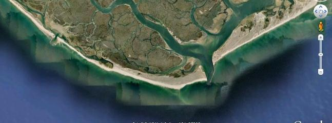 Channels and Lagoons of Ria Formosa (Zoom)