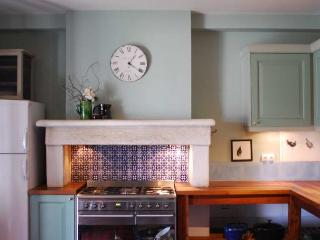 The beautiful kitchen, a pleasure to perform or play in.