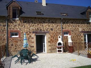Toadstool cottage, Domfront