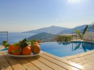 3 Bedroom Seaview Villa IPK (FREE CAR OR TRANSFER), Kalkan