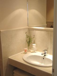 Bathroom (section) 'Carignan'