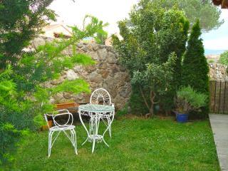 CASAS SALTUS ALVUS- Casita del jardin 17km Segovia, Sotosalbos