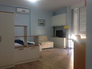 EasyStay Studio Apartment, Tirana