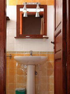 bagno dell'appartamento 'nespolo'