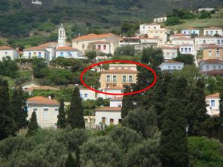 KARMI Apartments (A1) Stenies-Andros-Cyclades-Greece, Andros Town