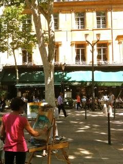 near the famous Cours Mirabeau a place of history and leisure