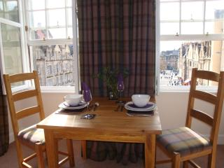 Dining with a sunny view over the Grassmarket