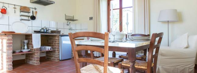 Quiet 2 room apartment in a countryhouse, Frassinello Monferrato