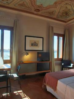 Water view Venice apartment holiday - Doble bedroom 1 - Unit B