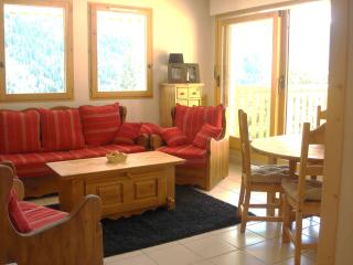 Lovely 3 bedroom apartment- sleeps 6 Vaujany