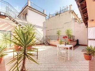 Penthouse studio on Navona Sq Love-Nest with terraces, unique location Wi-Fi A/C