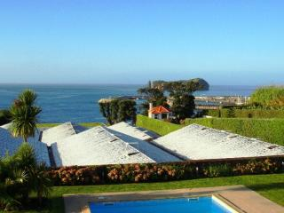 Luxury holiday villa & Pool, Vila Franca do Campo