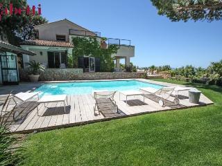 villa panoramica con piscina, Porto Santo Stefano