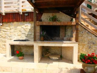 SMERALDO Sauna Piscina portico terrazzo giardino