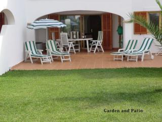 Cala d'Or 2-bed Bella Luna Garden Apartment