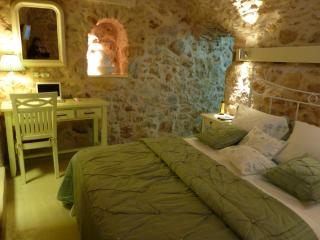 ST. GEORGE Sykoussis Traditional Residense To Let, Chios-Stad