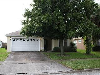Very spacious vacation home, 3 miles from Disney, private pool, free Wi-Fi, Four Corners