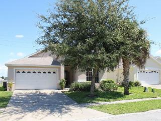 Very comfortable vacation home, 3 miles from Disney, private pool, free Wi-Fi, Four Corners