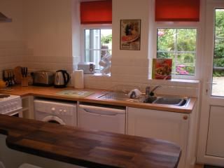 Kitchen & dining area with Garden Access