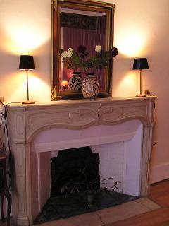 fireplace, chambre La Haye
