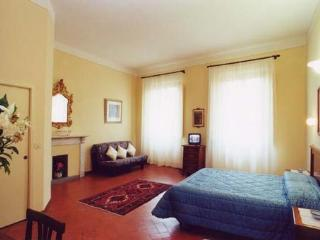 Centrally-located Florence Guest House