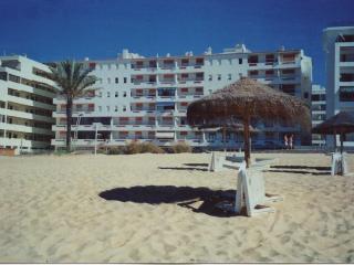 T1 apartment on Quarteira beach, in Algarve