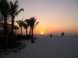 Royal North Beach, Clearwater